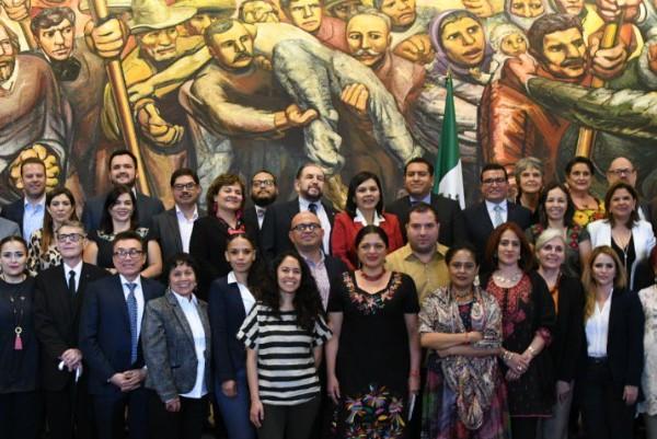 Alejandra Frausto sostuvo su primera reunión con los titulares de secretarías e institutos de cultura de los 32 estados. Foto: Especial
