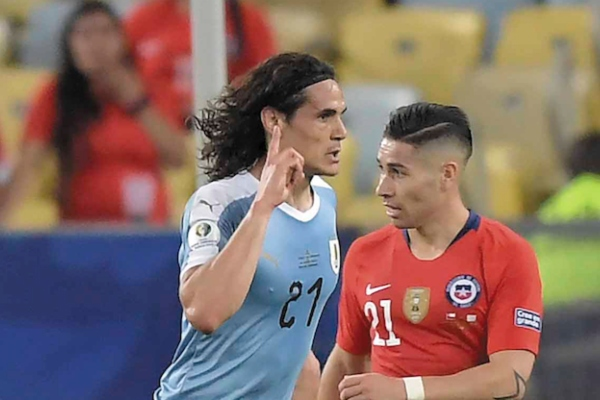 SALVADOR. Un gol de Cavani puso a Uruguay como líder. Foto: AFP