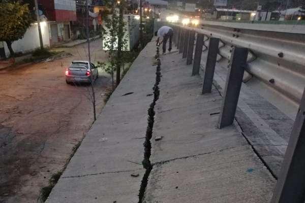 La Secretaría de Obras Públicas de Morelos aseguró que estará al pendiente del tema para garantizar la seguridad de las personas. Foto: @cowwhead1