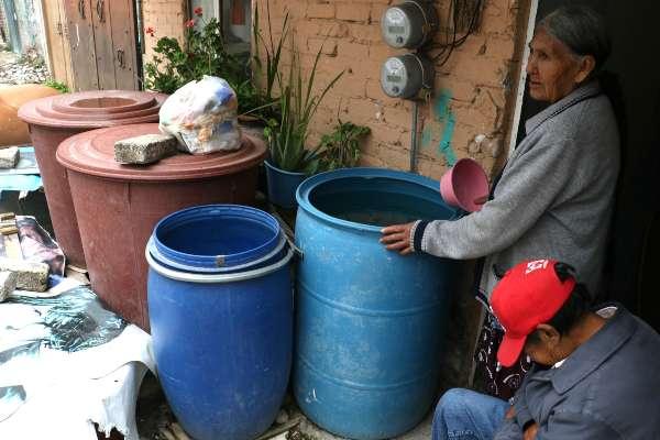 El corte de agua se debe a los trabajos de reparación del acueducto Tulyehualco. Foto: Archivo | Cuartoscuro
