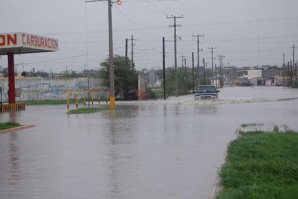 Las intensas lluvias han provocado diversos trastornos como la falta de agua y suspensión del servicio de energía eléctrica. Foto: Archivo | Cuartoscuro