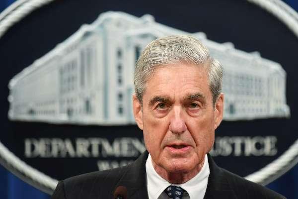 Robert Mueller Trama Rusa