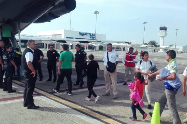 retornan migrantes a honduras
