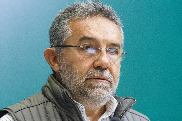 Rafael Carmona en conferencia