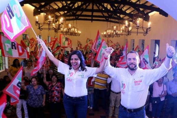 PRI Lorena Piñón Daniel Santos
