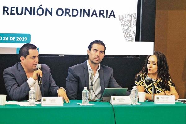 FRONTAL. El diputado estuvo presente durante la sesión de la Comisión del Deporte en San Lázaro y habló del controversial tema de los clavados en nuestro país. Foto: Notimex