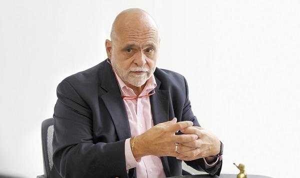 EXPERTO Eduardo del Buey, exvocero de la ONU. Foto: DANIEL OJEDA