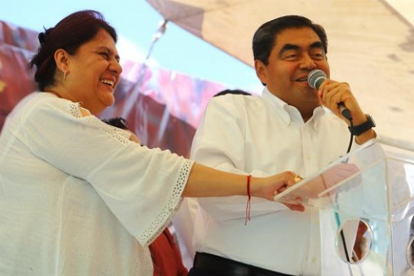 El gobernador electo realizó una gira esta semana en Amozoc y Tepeaca. Foto: Especial.