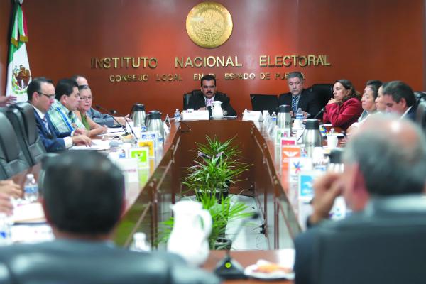 Integrantes del INE rechazaron propuesta de Morena. Foto: Enfoque.