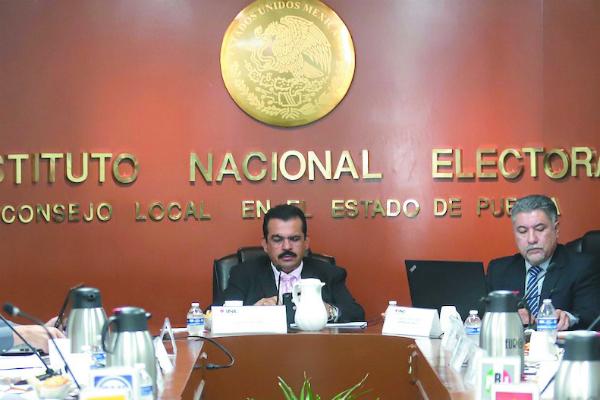 La coalición Juntos Haremos Historia no rebasó el tope de gastos durante la precampaña para la gubernatura del estado de Puebla. Foto: Especial.