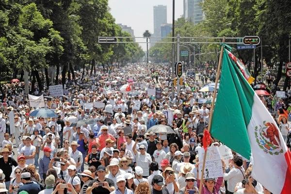 EN CDMX. Desde las 11:00 horas, los protestantes salieron a las calles. Foto: Reuters