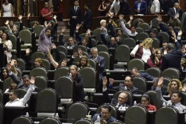 Los senadores sometieron a votación en tres ocasiones. Foto Senado de la República