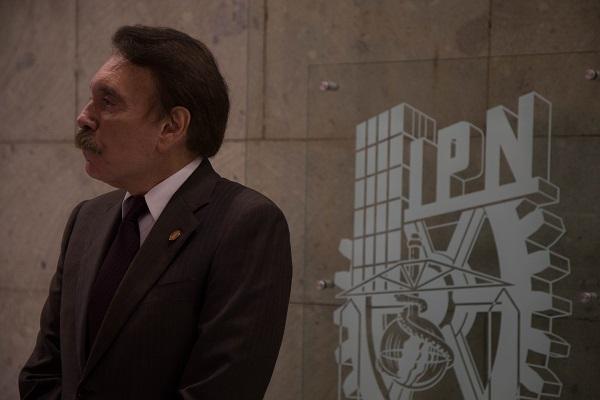 El director general del IPN Mario Alberto Rodríguez Casas, y el Secretario General de la Sección XI del SNTE Felipe Antúnez Luna, acordaron dicho aumento. Foto: Cuartoscuro