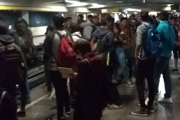 Retrasos-Línea-5-Metro-CDMX