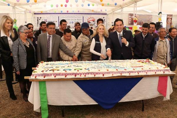 Vargas del Villar, resaltó la colaboración y respeto que siempre ha mantenido su gobierno con el Sindicato. Foto Especial