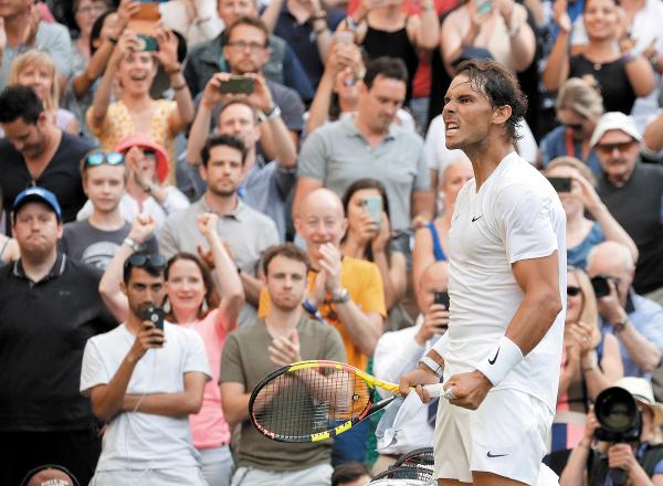 CORAJE. El segundo mejor tenista del mundo festejó con todo su victoria sobre su polémico rival. Foto:AP