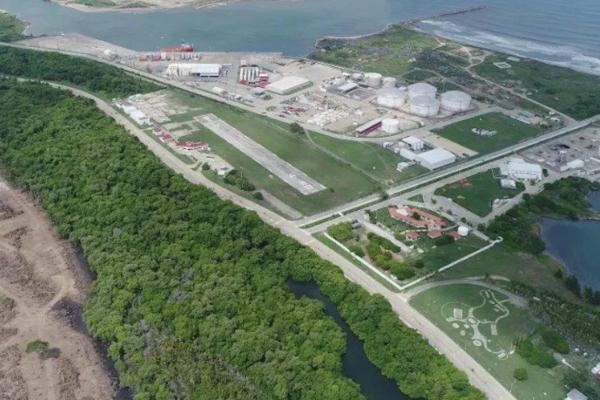Refinería Dos Bocas, Tabasco. Foto Especial