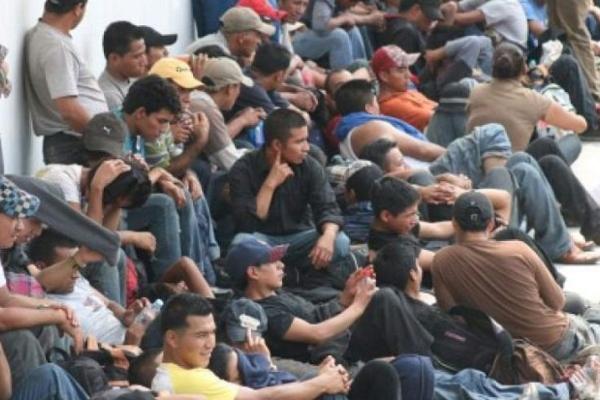 Los migrantes que no pudieron acreditar su estancia legal en México son originarios de Guatemala, Honduras y El Salvador. Foto Ilustrativa