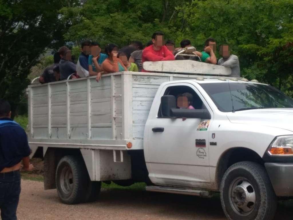 Los polleros les cobraron mil dólares para trasladarlos a Veracruz rodeando los retenes que hay en la zona Centro. Foto: Especial