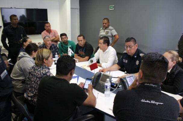 Mejía Berdeja detalló que en todo el país se instalaron módulos de información de diferentes instituciones. Foto @RicardoMeb