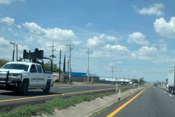 El elemento herido fue trasladado al Hospital Militar del municipio de Irapuato. Foto Especial