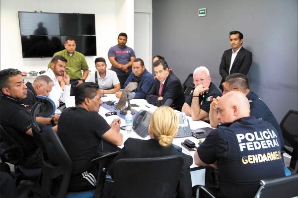 Este lunes se reanuda la mesa de negociaciones con los policías federales que se niegan a integrarse a la Guardia Nacional. Foto: Especial