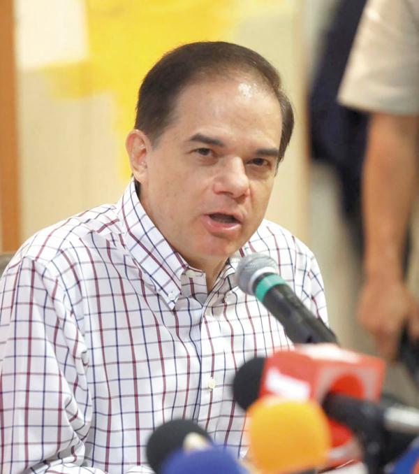 AL ALZA. El secretario Carlos Ortega Carrante habló de las finanzas estatales. Foto:Especial