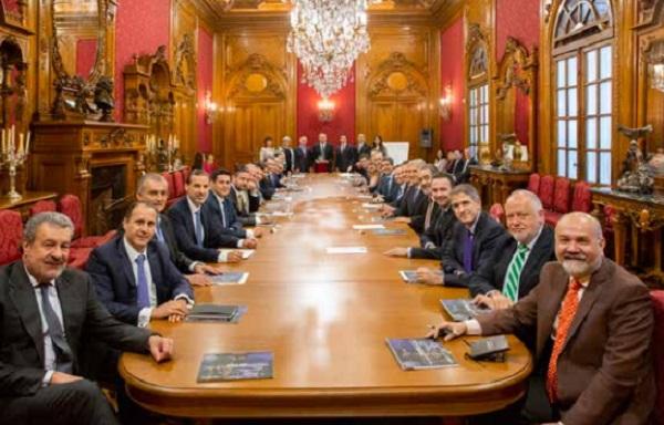 INVERSIONES. El mandatario sostuvo un encuentro con empresarios en el Palacio Nacional. Foto: Especial