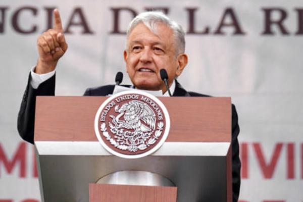 El Presidente de México en el Zócalo de la CDMX. Foto: Especial.