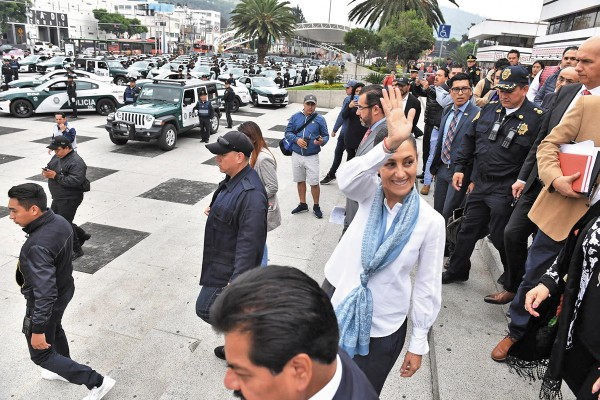 La mandataria acudió ayer a la Gustavo A. Madero. Foto: Pablo Salazar Solís