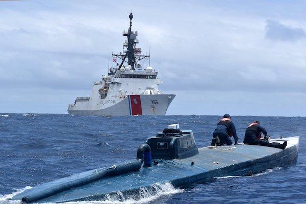 Narcosubmarino-droga-guardia-Costera-EU