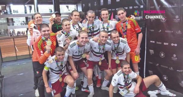 El conjunto tricolor de futsal logró colgarse la presea de primer lugar. Foto: Especial