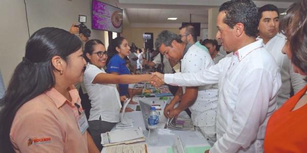 RESPALDO. El gobernador Carlos Joaquín ha impulsado la generación de empleo. Foto: Especial