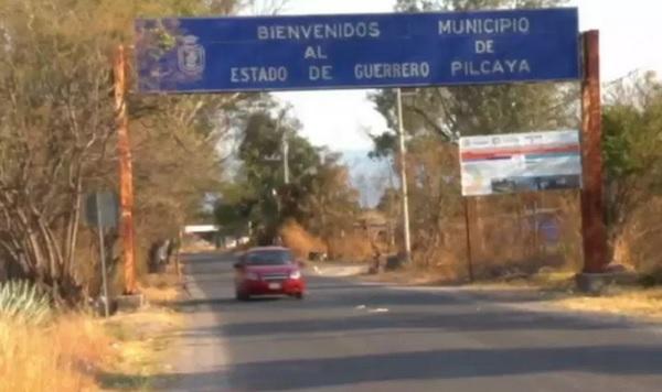 De acuerdo con reportes policiacos, Padilla Nava fue interceptado por hombres armados ayer poco después de las 23:00 horas, en la comunidad de La Concepción, sobre la carretera Pilcaya-Ixtapan de la Sal. Foto: Especial