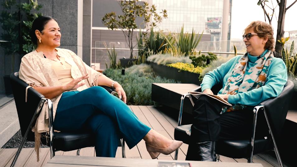 Dulce María Sauri en entrevista con Martha Anaya