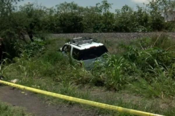 Testigos informaron que los agresores viajaban en un automóvil color gris y una camioneta en color negro. Foto Televisa