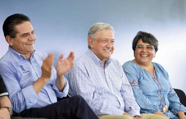 REGISTRO. El presidente López Obrador recorrió seis hospitales este fin de semana en Michoacán. CUARTOSCURO.