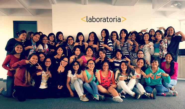 Laboratoria da oportunidad a las mujeres de aprender a programar. FOTO: Especial