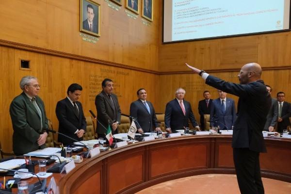 Entre los nuevos nombramientos del IMSS se encuentran el de José Antonio Olivares Godínez, como titular de la Dirección de Administración; David Razú Aznar, como Director de Vinculación Institucional y Evaluación de Delegaciones. Foto: Twitter