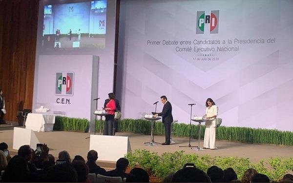 Debate dirigencia nacional del PRI. Foto: Especial