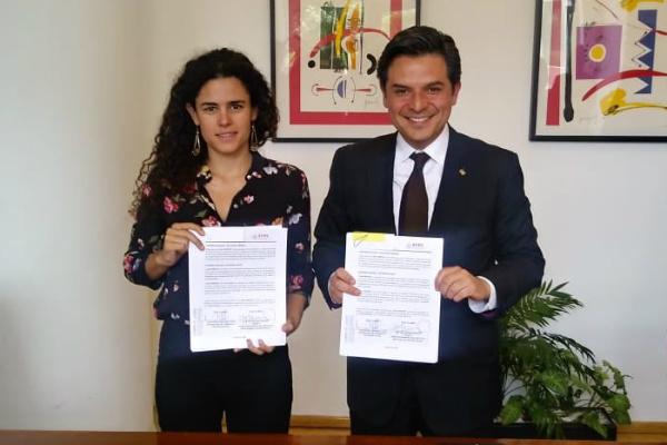 El convenio fue firmado en las oficinas centrales del IMSS. Foto: Especial.