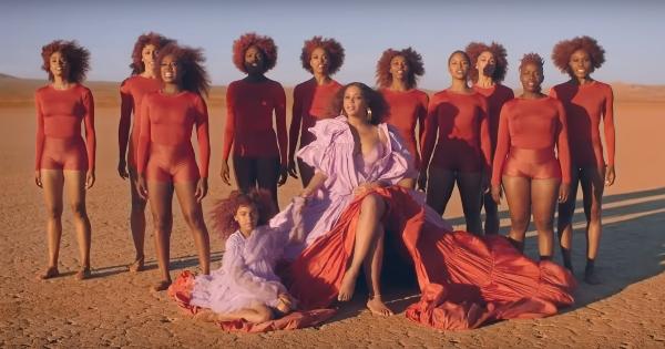 """Además de darle voz a """"Nala"""" para el """"live action"""" de Disney, Beyoncé participó en la banda sonora junto a Hans Zimmer, Elton John y Tim Rice. Foto: Youtube"""
