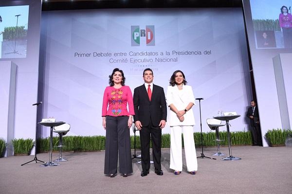 Ivonne Ortega, Alejandro Moreno Cárdenas y Lorena Piñón, candidatos a la dirigencia nacional del PRI, para el periodo estatutario 2019-2023. Foto: Cuartoscuro