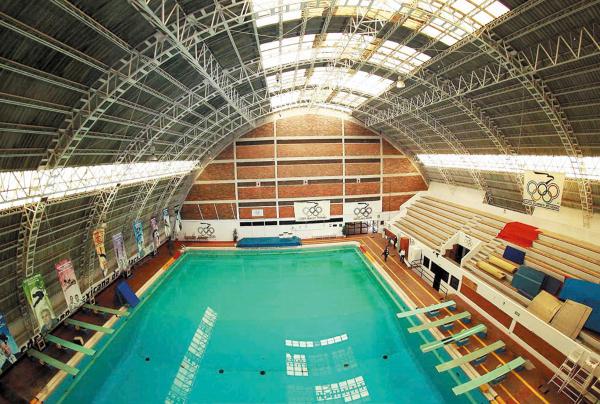 TRISTEZA. Una de las mejores instalaciones deportivas de Latinoamérica tendría que cerrar sus puertas. Por: Mexsport.