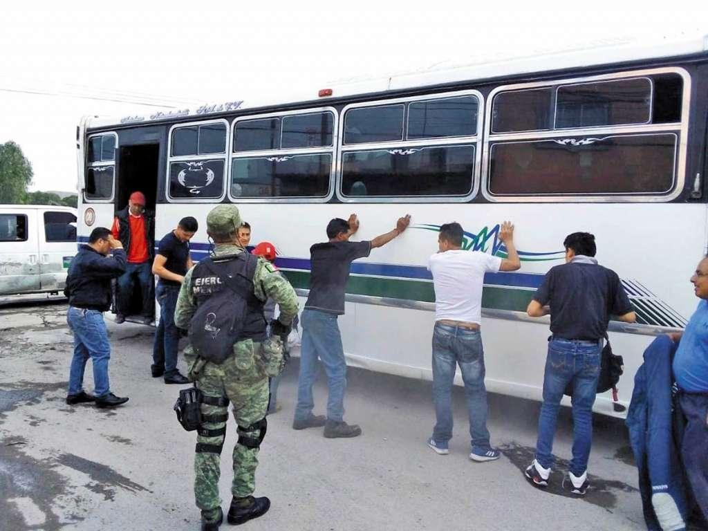 En Ecatepec, el transporte público es el más asolado por ladrones. Foto: Pedro Ortiz