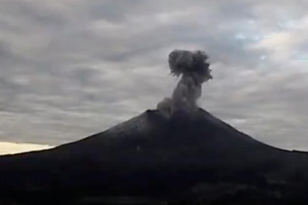 Ceniza-Volcan-Popocatepetl-18-de-julio
