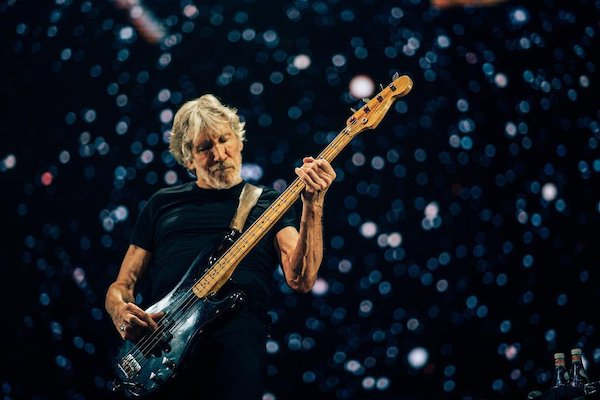 Roger-Waters-trailer-US-THEM