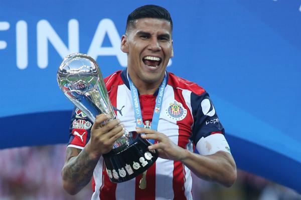 Ganó 4 títulos con las Chivas. Foto: Especial.