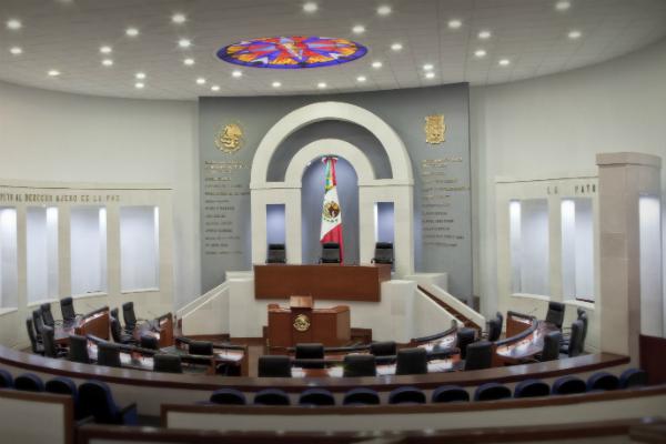 El Congreso de San Luis Potosí paga a 138 asesores de los 27 diputados. Foto: Especial.