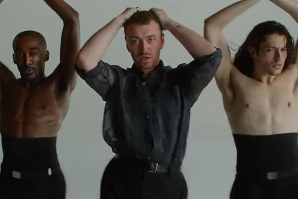 Sam Smith publicó, en semanas anteriores, un teaser donde se le veía bailando y con la leyenda